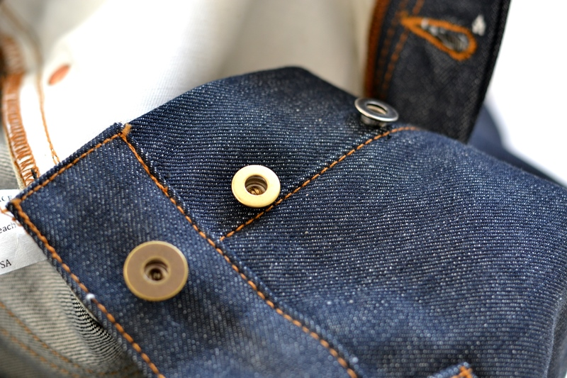 brave star denim jeans long john blog blue raw rigid unwashed selvage selvedge buttons 5 pocket rigid usa cone mills fabric usa made handmade blauw spijkerbroek review leather patch chainstitch indigo (12)