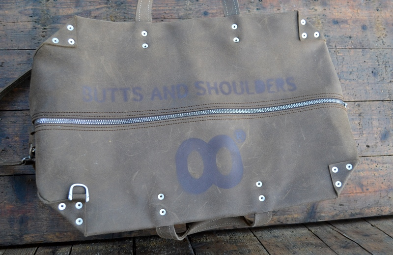 butts and shoulders the rough collection long john blog leather 2015 leer nieuwe lijn holland handmade branding branded patch natural leather (16)