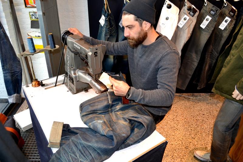 denham jeans the jeanmaker long john blog clinton repair guy westside den bosch holland event winkel store eat dust jeans fit 73 selvage japan fabric (4)