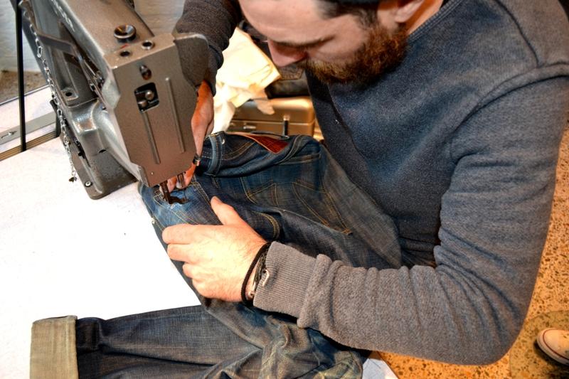denham jeans the jeanmaker long john blog clinton repair guy westside den bosch holland event winkel store eat dust jeans fit 73 selvage japan fabric (9)