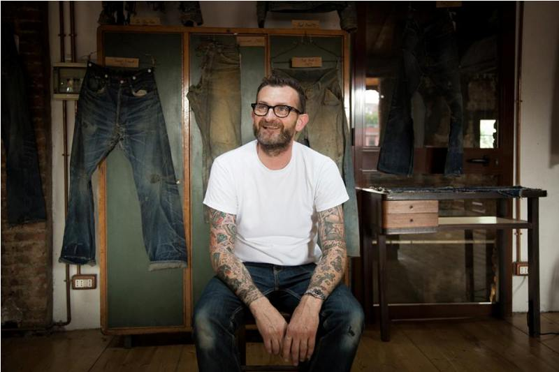 denim boulevard milan 2014 italy long john blog antonio di battista blue blanket jeans expo exhibition event pierro turk piero turk jeans selvage old shuttle looms toyoda second edition worn-out items blue (