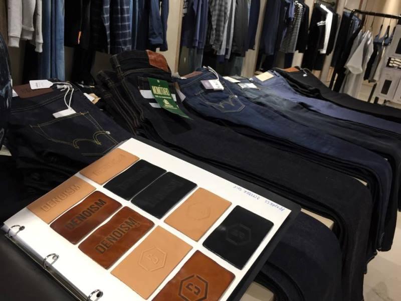 denoism rotterdam store retail long john blog denim jeans men mannen winkel holland netherlands blue indigo coffee koffie custom jeans hand made 2015 niek logger cafe  (10)