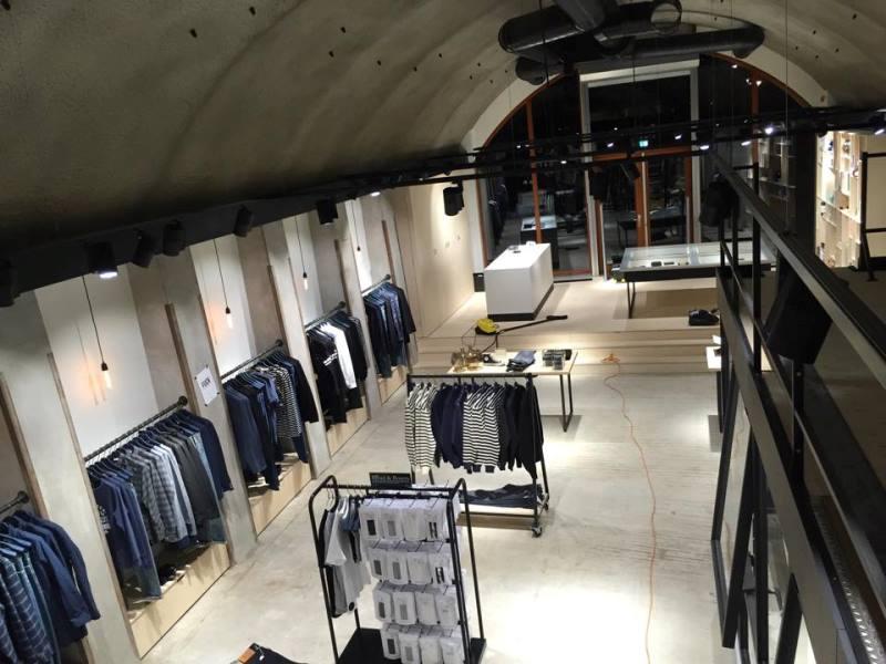 denoism rotterdam store retail long john blog denim jeans men mannen winkel holland netherlands blue indigo coffee koffie custom jeans hand made 2015 niek logger cafe  (12)