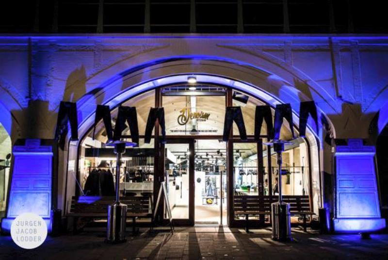 denoism rotterdam store retail long john blog denim jeans men mannen winkel holland netherlands blue indigo coffee koffie custom jeans hand made 2015 niek logger cafe  (3)