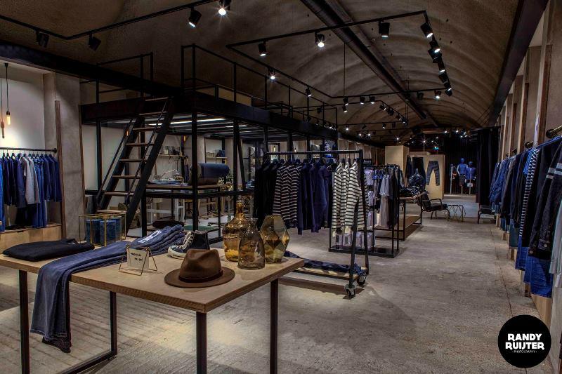 denoism store rotterdam longjohnblog retail shop winkel denim jeans clothing menswear herenkleding blauw niek logger denimhead denimheads denimlife denimstyle merken brands (6)