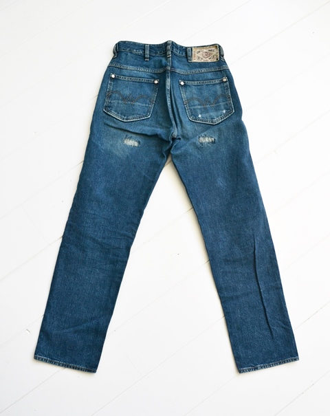 diesel-old-glory-long-john-blog-denim-jeans-1990-1992-1994-italy-made-in-collector-collectorsitem-patch-label-broken-twill-og-renzo-rosso-collection-premium-denim-murphy-style-wrangler-11m-524