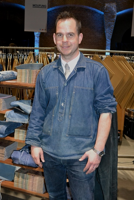 douglas gunn the vintage showroom london vintage menswear worn magazine long john blog kingpins fabric fair amsterdam jeans show event 2015 seven senses fabric stand booth selvage selvage