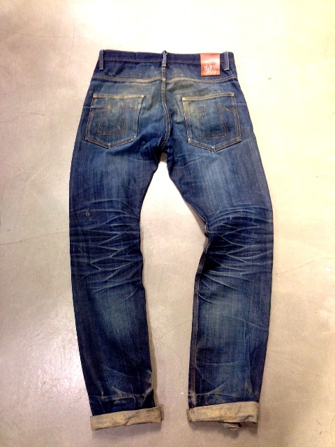 eat dust fit 73 vif jeans long john blog worn out denim blue faded blue antwerp richard smit raw rigid selvage selvage japan japanese fabric gedragen patch leer leather  (2)