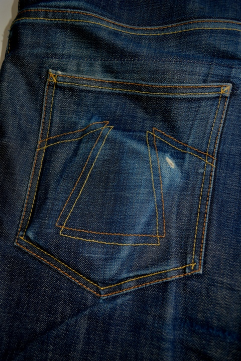 eat dust jeans denim clothing long john blog antwerp belgium rob harmsen keith hioco bikers fit 73 selvage selvedge blue japan fabric worn-out projects faded blue raw authantic (11)