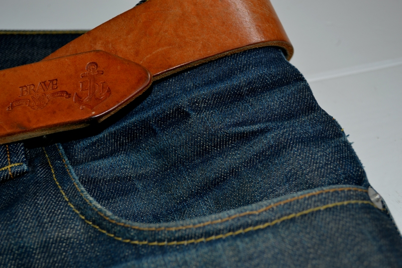 eat dust jeans denim clothing long john blog antwerp belgium rob harmsen keith hioco bikers fit 73 selvage selvedge blue japan fabric worn-out projects faded blue raw authantic (7)