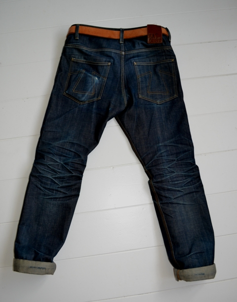 eat dust jeans denim clothing long john blog antwerp belgium rob harmsen keith hioco bikers fit 73 selvage selvedge blue japan fabric worn-out projects faded blue raw authantic (9)