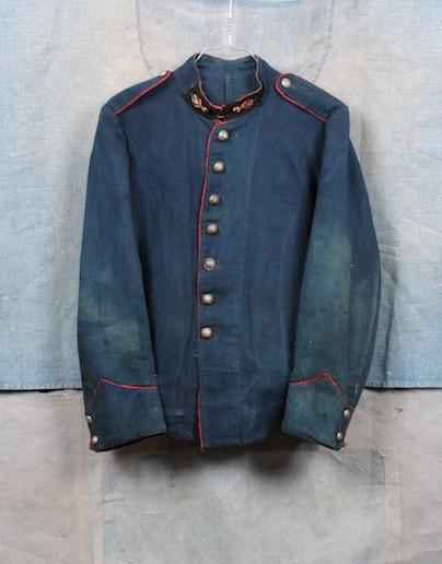 french france firemen fireman jacket jack long john blog toile de chine blue vintage old 1940 1950 treasure herringbone fabric faded blouse jasje brandweerman deadstock  (2)