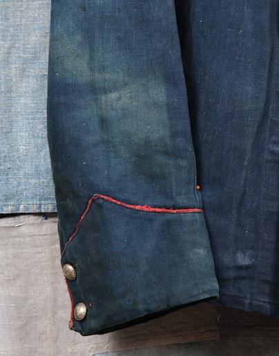 french france firemen fireman jacket jack long john blog toile de chine blue vintage old 1940 1950 treasure herringbone fabric faded blouse jasje brandweerman deadstock  (3)