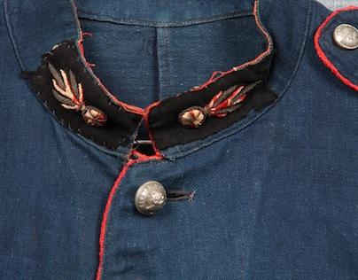 french france firemen fireman jacket jack long john blog toile de chine blue vintage old 1940 1950 treasure herringbone fabric faded blouse jasje brandweerman deadstock  (6)