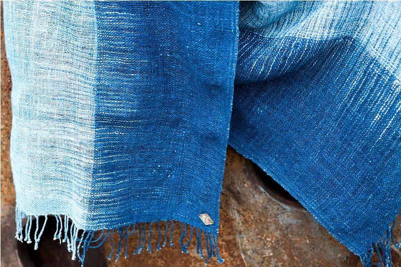 indigo People long john blog scarfs spring 2015 collection indigo natural authentic blue weaving dying dyeing dipped natuurlijk gedipt blauw geweven thailand india handgeweven  (4)