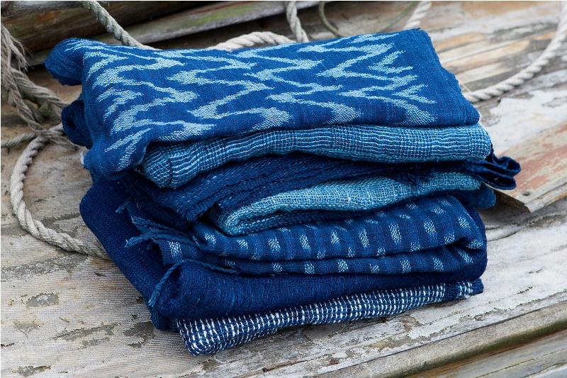 indigo People long john blog scarfs spring 2015 collection indigo natural authentic blue weaving dying dyeing dipped natuurlijk gedipt blauw geweven thailand india handgeweven  (9)