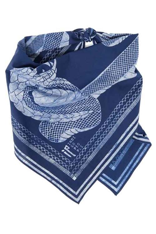 indigo-people-long-john-blog-bandana-bandanas-natural-indigo-indigodye-dye-dyed-blue-holland-batik-2016-denimheads-denim-people-blauwe-shawls-handgemaakt-handmade-7