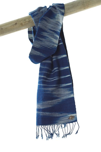 indigo people scarfs natural indigo long john blog blue amstedam nl fall winter 2015 colection sjaal kiat design texture blauw people jeans denim selvage selvedge (1)