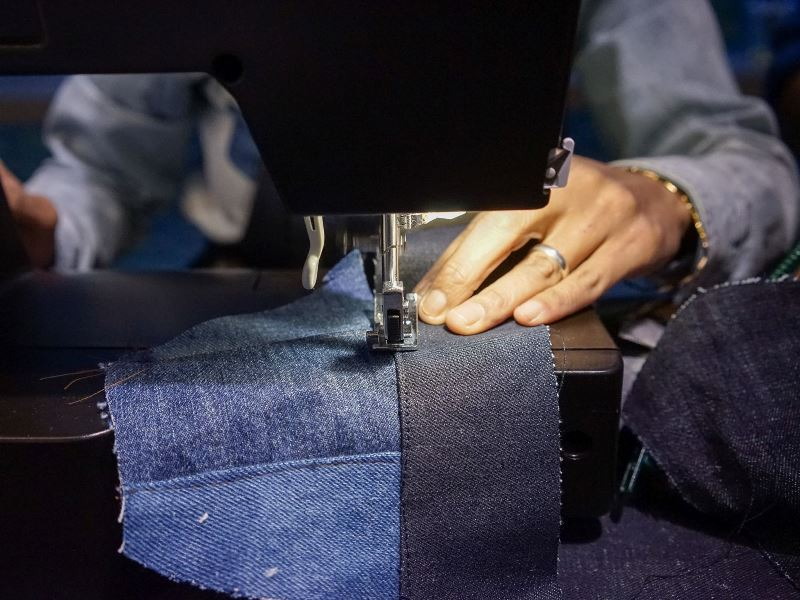 isko-event-long-john-blog-amsterdam-office-opening-2016-denim-fabric-mill-jeans-denimpeople-denimheads-denimdudes-sashikodenim-dailybags-handmade-ivy-lee-production-sashiko-turkey-11