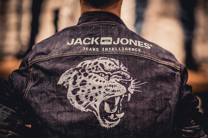 jeans-intelligence-studio-tilburg-long-john-blog-store-jeans-denim-jack-and-jones-menswear-blue-indigo-december-2016-opening-open-heuvelstraat-music-food-drinks-27