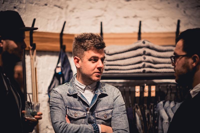 jeans-intelligence-studio-tilburg-long-john-blog-store-jeans-denim-jack-and-jones-menswear-blue-indigo-december-2016-opening-open-heuvelstraat-music-food-drinks-29