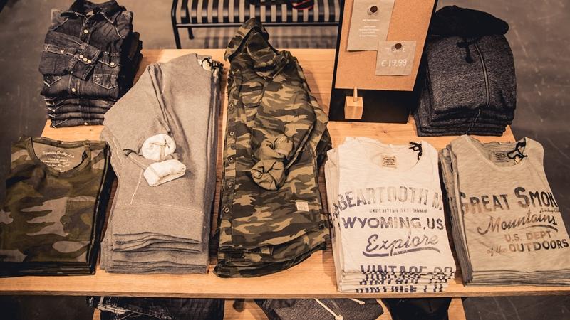jeans-intelligence-studio-tilburg-long-john-blog-store-jeans-denim-jack-and-jones-menswear-blue-indigo-december-2016-opening-open-heuvelstraat-music-food-drinks-7