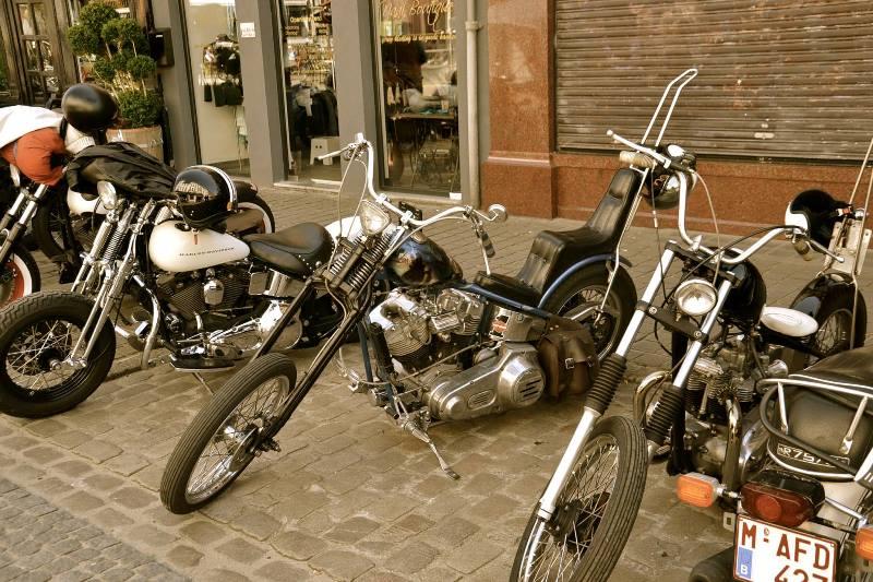 kings and queens kings & queens antwerp store shop belgium long john blog jeans denim boots eat dust red wing butts and shoulders bikers biker 2016 (14)