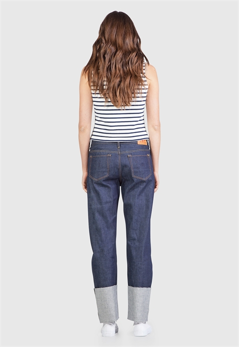 kings of indigo jeans denim longjohnblog indigo amsterdam holland women ladies spijkerbroek blue blauw 5 pocket patched repairs white shirt (1)
