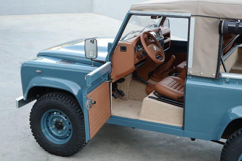 landrover defender longjohn Marine Blue High Quality Glasurit Paint car auto sale denimhead indigo blue blauw vintage 4x4 denimpeople classic uk (4)