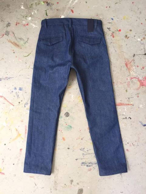 lebl denim jeans bespoke leon blok selvage selvedge handmade custom made rigid blue indigo unwashed raw limited edition special blue amsterdam nl holland jeanmaker (1)