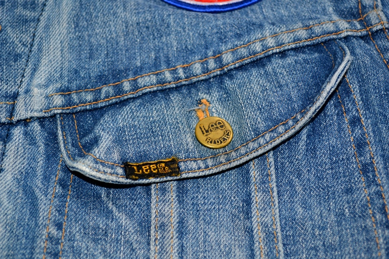 lee jeans rider jacket long john blog patches patched vintage original blue indigo worn-out treasure usa americana spijkerjas spijkerjack (7)