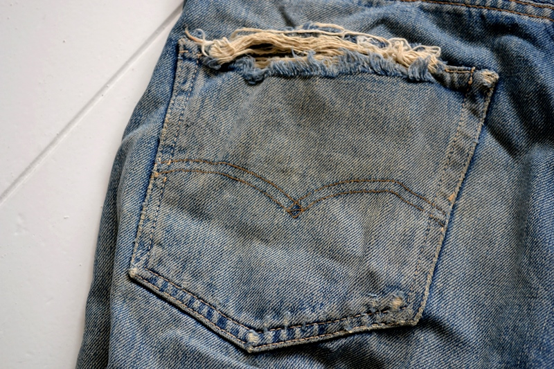 levi's 501 big e 1960 vintage long john blog jeans denim rare treasure worn-out blue blauw usa us cone mills levi strauss selvage selvedge button number 6 washed out rigid raw unwashed 5 pocket  (17)