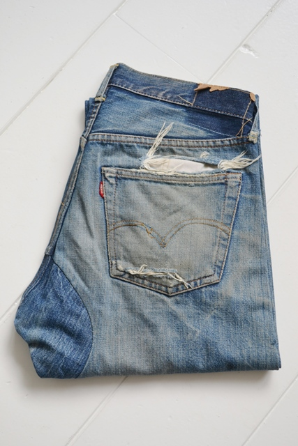 levis-jeans-long-john-blog-vintage-button-16-original-usa-faded-fadedjeans-fadeddenim-bige-big-e-red-tab-redtab-washed-out-worn-out-old-levi-strauss-denimcollector-verzamelaar-2