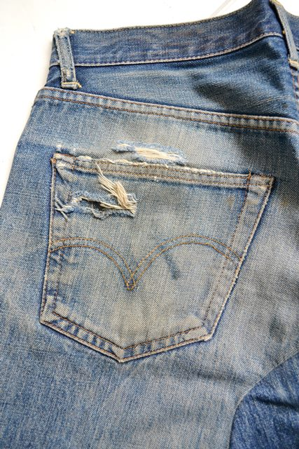 levis-jeans-long-john-blog-vintage-button-16-original-usa-faded-fadedjeans-fadeddenim-bige-big-e-red-tab-redtab-washed-out-worn-out-old-levi-strauss-denimcollector-verzamelaar-24