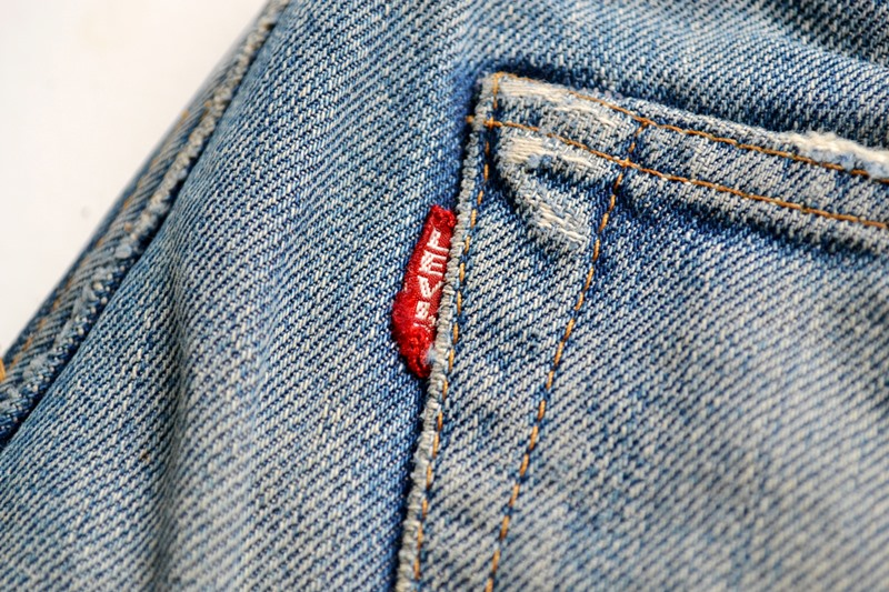 levis-jeans-long-john-blog-vintage-button-16-original-usa-faded-fadedjeans-fadeddenim-bige-big-e-red-tab-redtab-washed-out-worn-out-old-levi-strauss-denimcollector-verzamelaar-4
