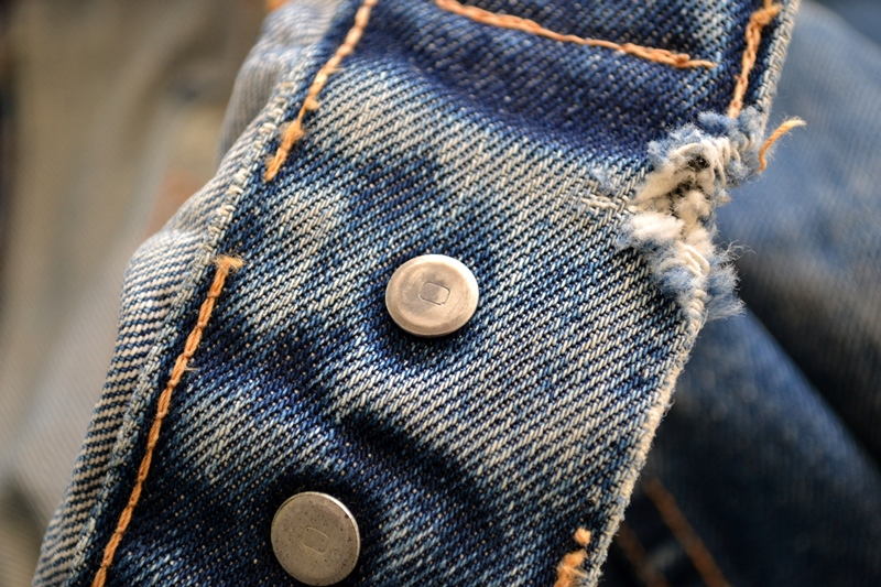 levis trucker jacket 557xx type 3 long john blog blue indigo denim jeans usa western 1962 worn out vintage original item clothing cowboys miners spijkerjas spijkerjack levi strauss (10)