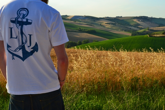 long john blog wouter munnichs shirts tshirt white classic anchor for success blue navy authentic hand made printed in holland nl freelance marketing specialist footwear fahion denim jeans (4)