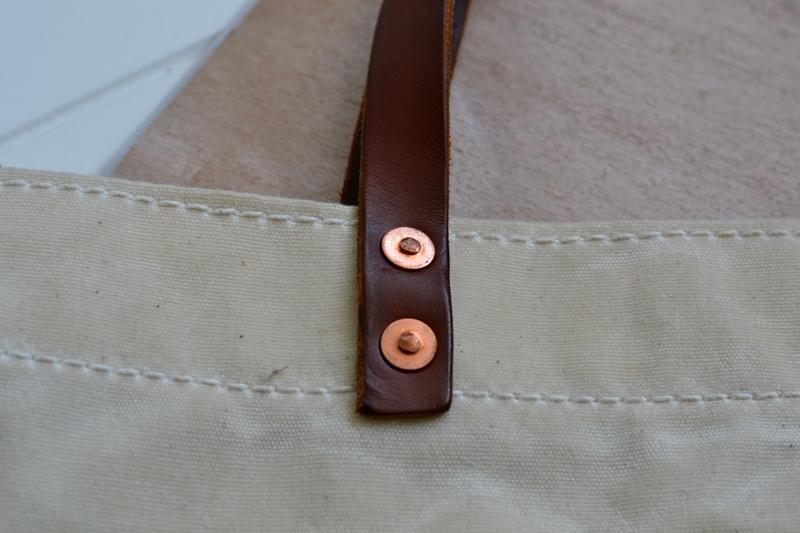 lvid utrecht holland long john blog bag totebag shopper canvas deadstock handmade handgemaakt leather strap rivet rivets nails (4)