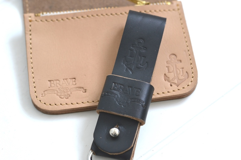 obbi good label long john wallet keyfob natural tanned leather products collab collaboration limited edition sale special price aged ageing virgin leer  (1)