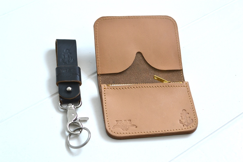 obbi good label long john wallet keyfob natural tanned leather products collab collaboration limited edition sale special price aged ageing virgin leer  (8)