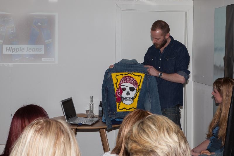 sOliver Oliver long john blog clothing germany hartenstraat amsterdam nl holland jeans denim workshop presentatie lecture fred van leer styling stylist blogger event bloggers blauw blue pop-up store (12)