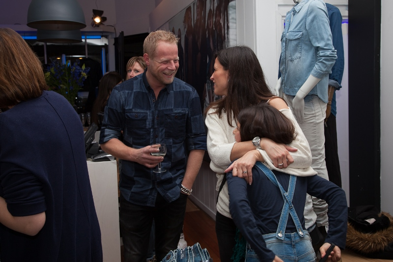 sOliver Oliver long john blog clothing germany hartenstraat amsterdam nl holland jeans denim workshop presentatie lecture fred van leer styling stylist blogger event bloggers blauw blue pop-up store (20)