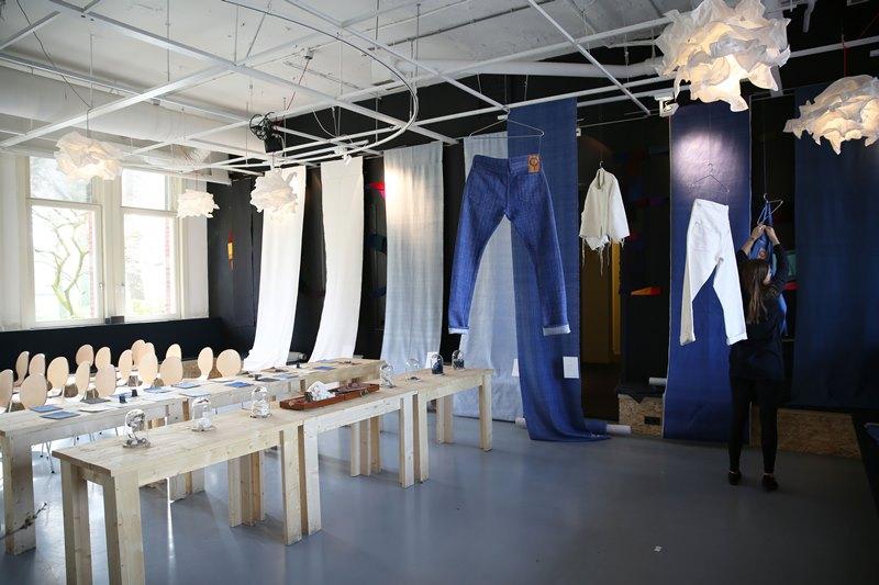 seven senses fabrics handwoven handspun natural indigo kingpins 2016 amsterdam denim days long john blog denim jeans fabrics selvage selvedge (2)