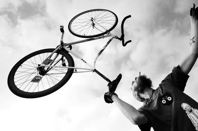 the-denim-run-long-john-blog-jeans-denimride-bikes-bicycle-eindhoven-nederland-the-netherlands-blue-indigo-2016-part-4-wing-mok-emiel-gerardu-het-verzet-wielerhuis-1