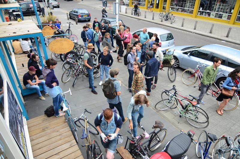 the-denim-run-long-john-blog-jeans-denimride-bikes-bicycle-eindhoven-nederland-the-netherlands-blue-indigo-2016-part-4-wing-mok-emiel-gerardu-het-verzet-wielerhuis-12